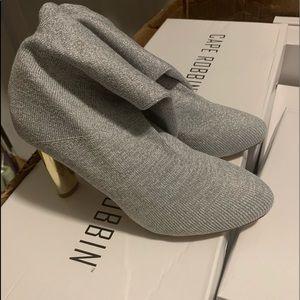 Cape Robbin Shoes - 🔥🔥🔥👢cape robbin silver mid calf boots 🔥🔥👢🔥